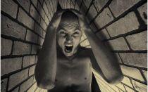 Что такое боязнь замкнутых пространств и как ее побороть