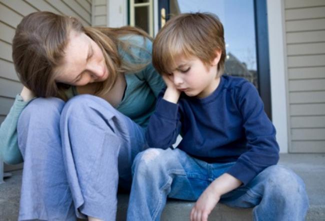 причины детских неврозов