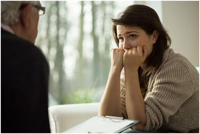 девушка у психолога