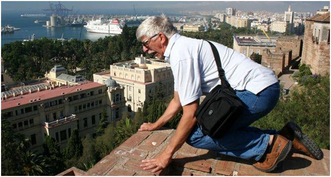 мужчина боящийся высоты