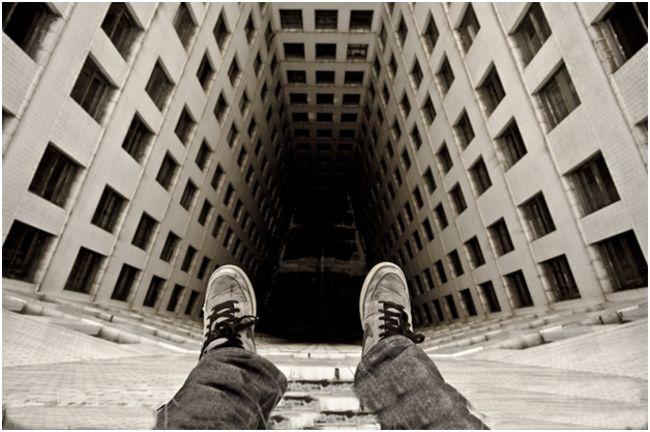 наверху многоэтажки