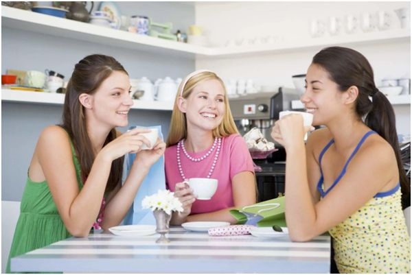 чаепитие у девушек