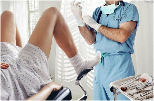 на приеме у мужчины гинеколога